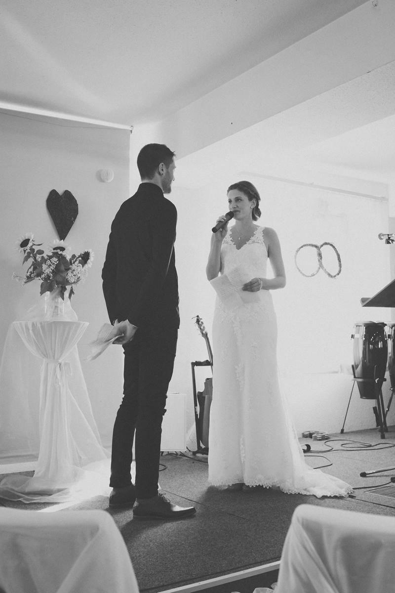 Debbie & Flo Hochzeit Isny Deutschland   (33)